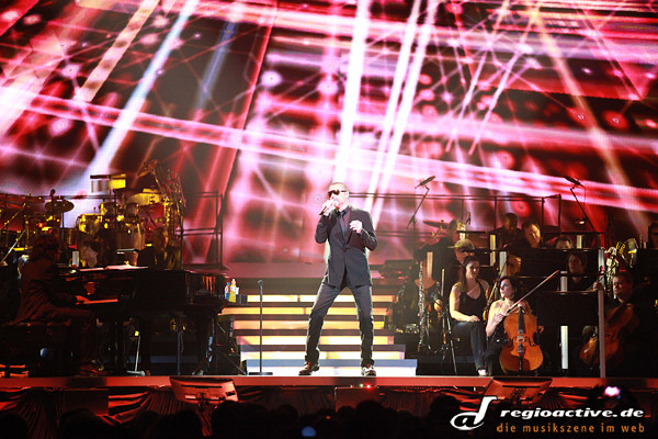 George Michael (live in Mannheim, 2011)